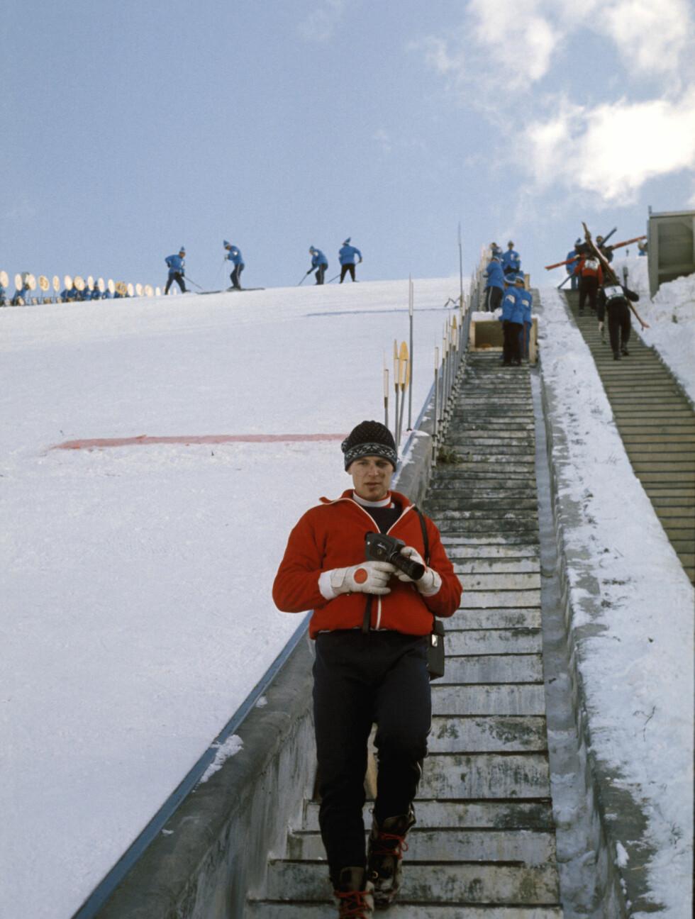 GIKK BORT: Ingolf Mork var en av Norges største hoppstjerner på 70-tallet. Her er han under OL i Sapporo i 1972. Foto: SCANPIX
