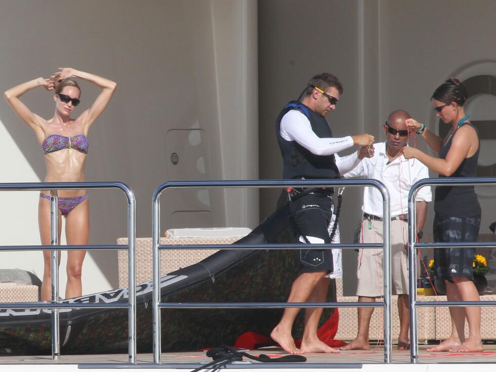 GJESTER: Milliardæren Roman Abramovich har ofte kjente gjester på besøk på båten.  Foto: All Over Press