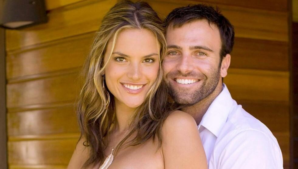 LYKKELIG: Supermodellen venter sitt andre barn med finansmannen Jamie Mazur.  Foto: All Over Press