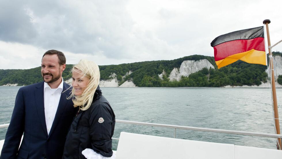 SVÆRT POPULÆR: Kronprinsesse Mette-Marit er svært populær i Tyskland. Her er hun og kronprins Haakon på besøk i landet i 2010. Foto: Scanpix