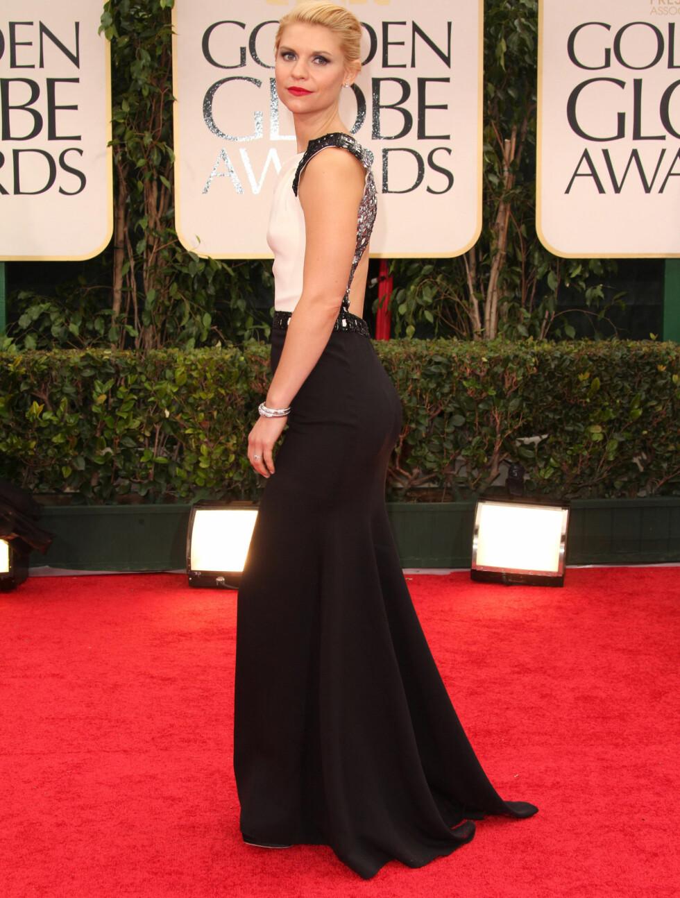 ÅPEN RYGG: Claire Danes hadde valgt en sort kjole med åpen rygg.  Foto: Stella Pictures