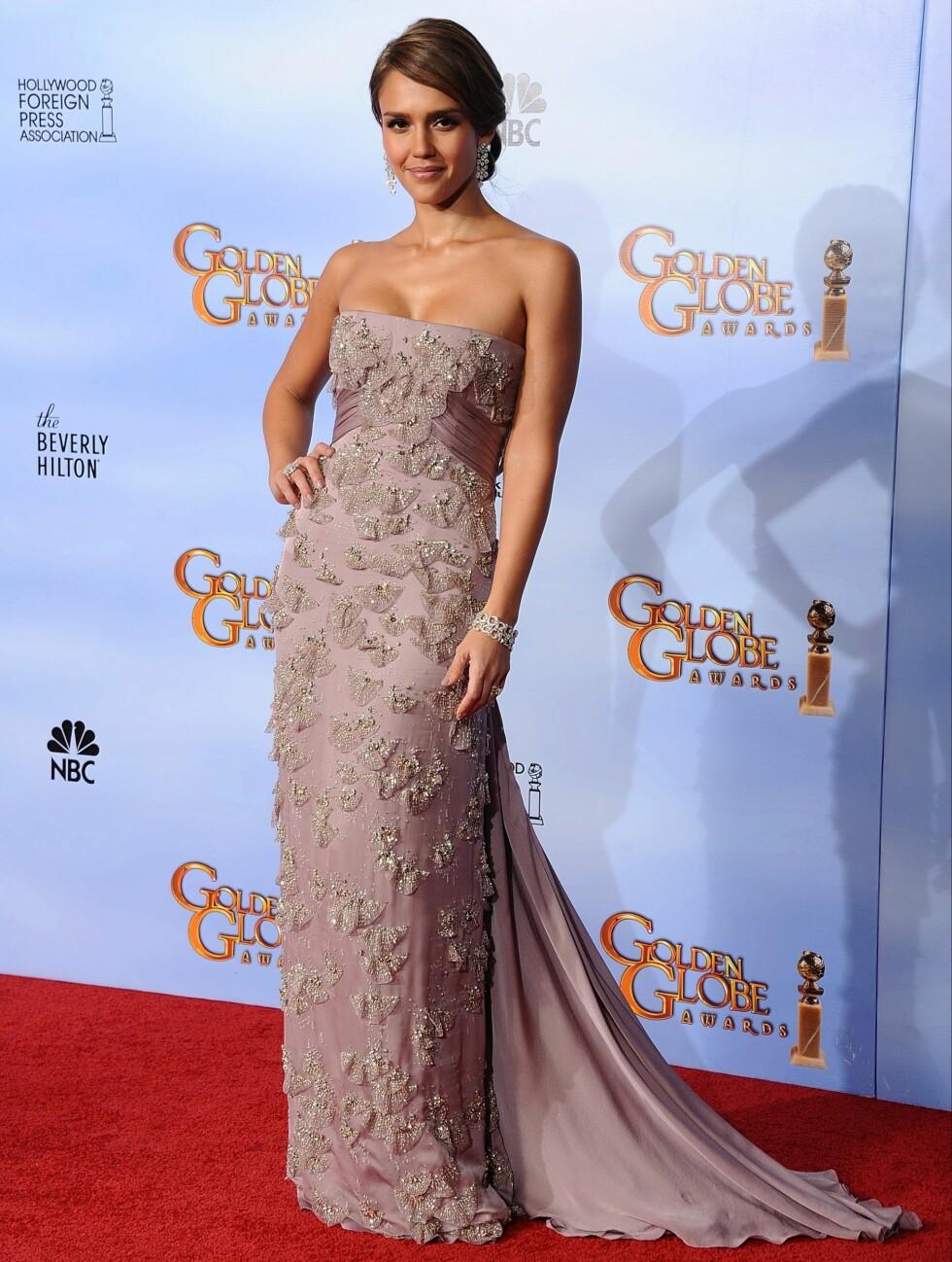 VALGTE GUCCI: Jessica Alba strålte i en stroppeløs kreasjon fra luksusmerket Gucci.  Foto: Stella Pictures