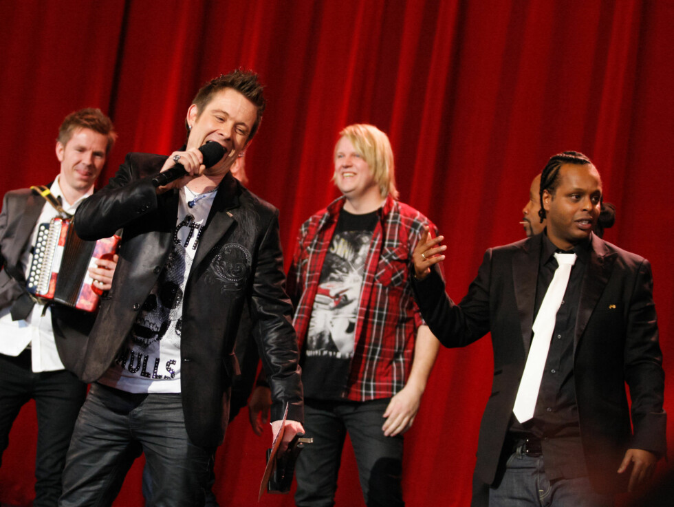 FLAUT: Det ble et pinlig øyeblikk da Plumbo-vokalist Lars Erik Blokkhus kalte Madcon-gutta for «mokkamenn» under Spellemannsprisen. Foto: Stella Pictures