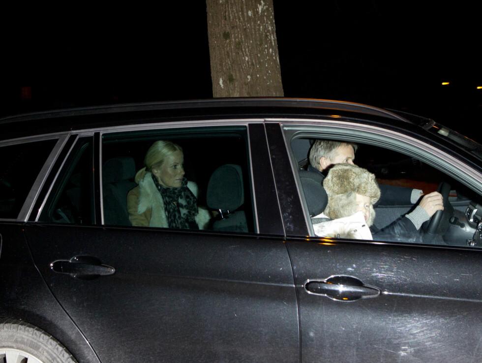 ONKEL: Mette-Marits bror Espen Høiby kom med sin høygravide kone Renate Jonassen samt deres datter Julie. Foto: Andreas Fadum/Se og Hør