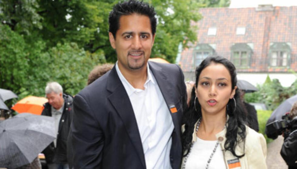 NY JOBB: Venstre-politiker Abid Raja er klar for å flytte til India sammen med kona Nadia og deres tre døtre.  Foto: Stella Pictures