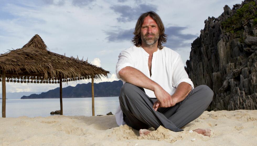 FORELSKET: Lykken smiler for Christer Falck igjen. Foto: TV3
