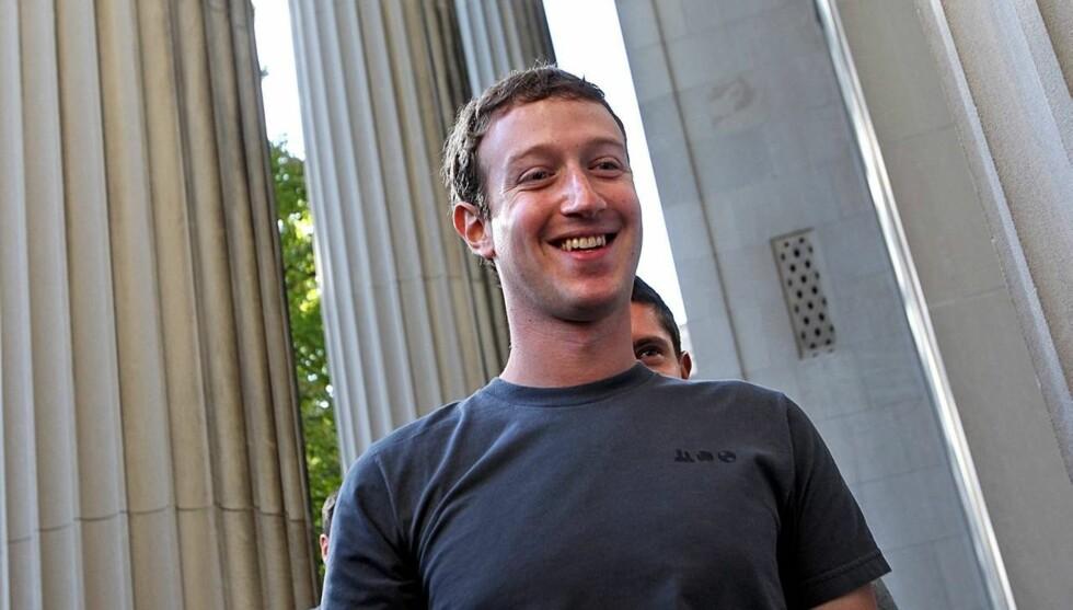<strong>RIK:</strong> Zuckerberg kan smile hele veien til banken. Han er nemlig god for flere milliarder kroner. Foto: All Over Press