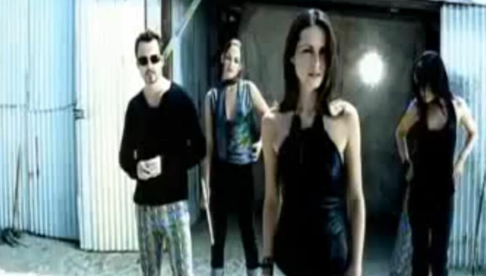 HERJET HITLISTEENE: Slik så Andrea Corr ut da hun og søsknene i The Corrs herjet hitlistene med låten «Breathless» i år 2000.
