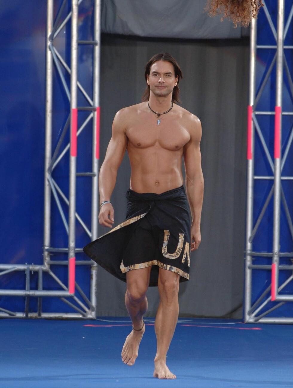 <strong>SÖTA BROR2:</strong> Den svenske supermodellen Marcus Schenkenberg (43) er nesten alltid å se i bar overkropp på catwalken. Foto: Stella Pictures