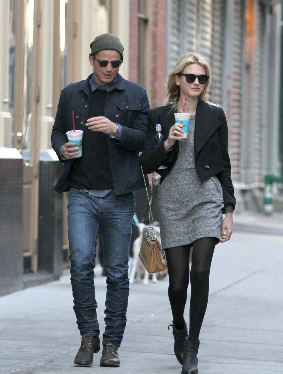 IT-PAR: Sophia Lie og Josh Hartnett så ut som et hvilket som helst annet par da de spankulerte rundt i New York. Eller... gjorde de egentlig det? Foto: Stella Pictures