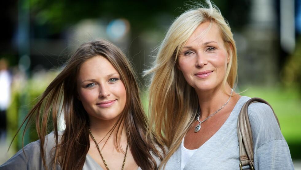 PÅ SKJERMEN: Dorthe Skappels datter Marthe er også blitt programleder. Debuten på StyleTV.no er allerede unnagjort. Foto: Scanpix