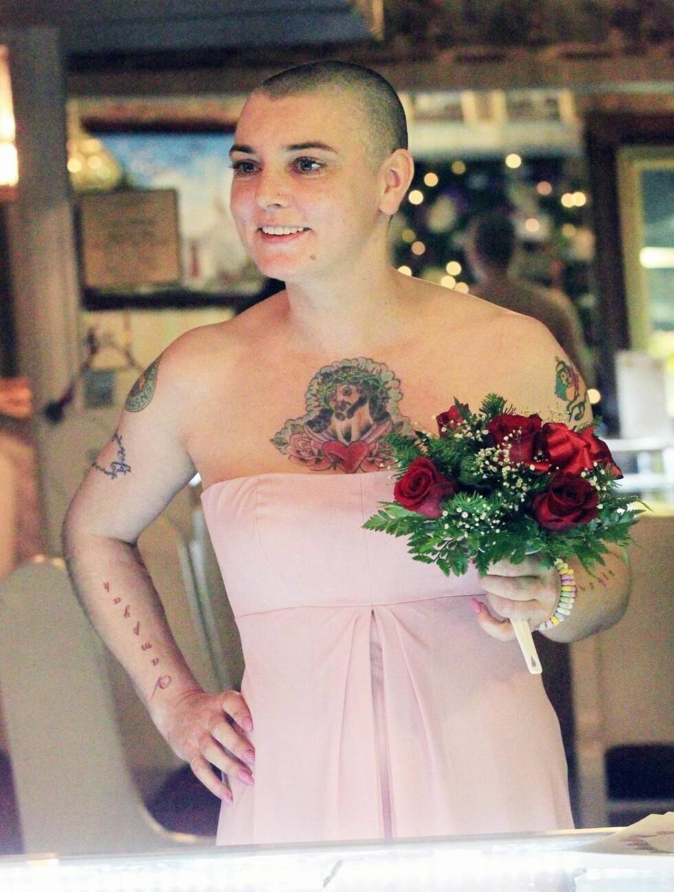 TYDELIG SPENT: Det er nemlig ikke hver dag man gifter seg i Las Vegas... Foto: All Over Press