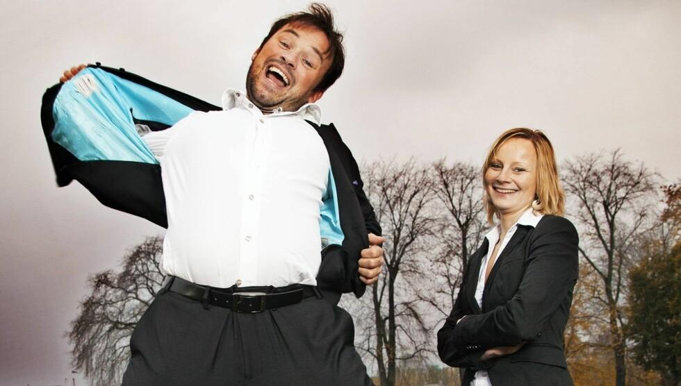 <strong>LYKKELIGE:</strong> Mikkel Gaup og advokaten Trine Næssvik har vært kjærester i et år. De møttes første gang på Madonna-konsert i 2009. Foto: Henning Jensen / Se og Hør