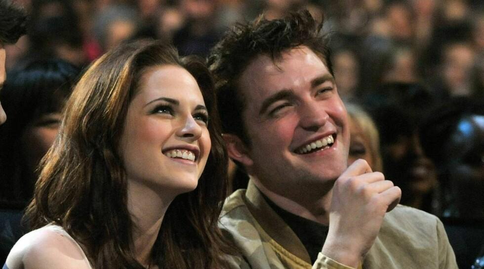 """<strong>KJÆRESTER:</strong> Kristen Stewart og Robert Pattinson har blitt verdenskjent som Bella Swan og Edward Cullen i """"Twilight""""-sagaen. Foto: All Over Press"""