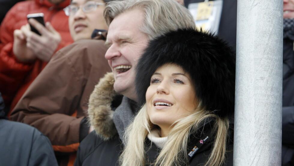 BABYLYKKE: Tor Olav Trøim og kjæresten Celina Midelfart skal ha fått en sønn. Her er de avbildet under Ski-VM i Holmenkollen.  Foto: Scanpix