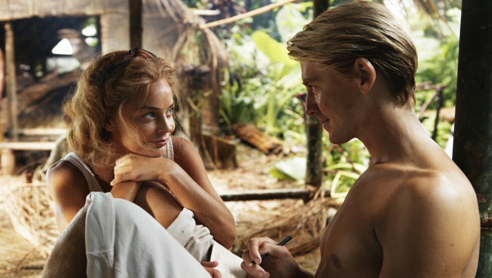 <strong>EKSKEDISJON:</strong> Pål Sverre Valheim Hagen i rollen som Thor Heyerdahl sammen med sin første kone Liv (spilles av Agnes Kittelsen). Foto: Filmweb