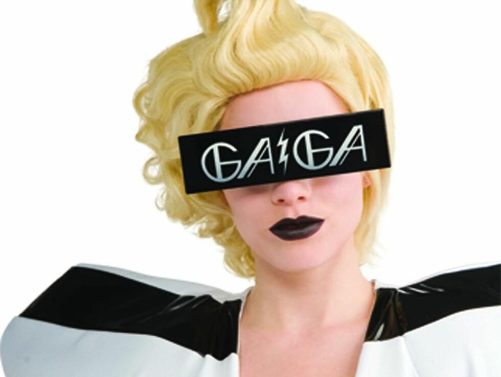 GAGA: Mange vil etterligne den eksentriske sangeren Lady Gaga og kostymene finnes i flere varianter.  Foto: All Over Press