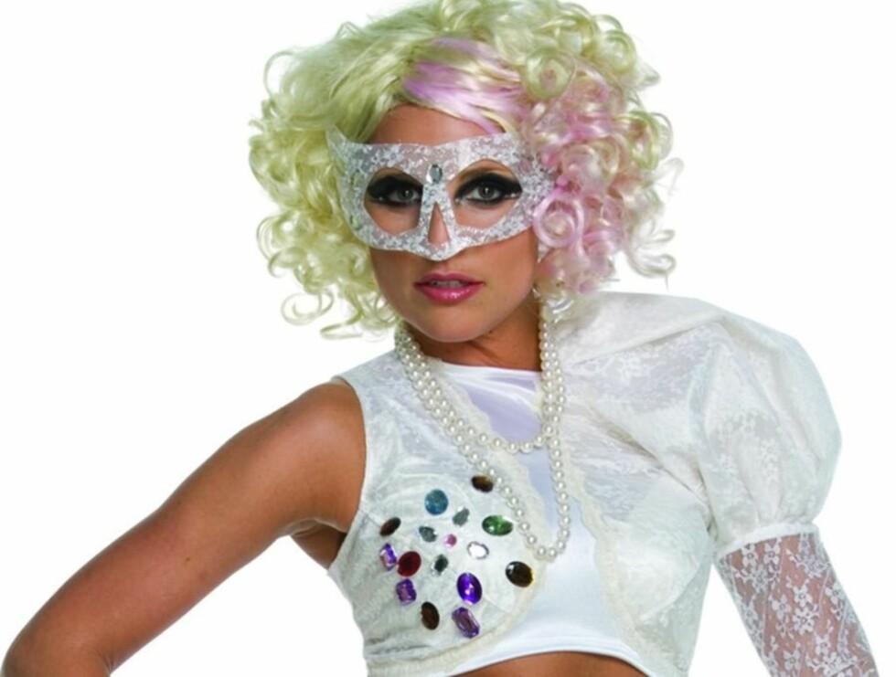 GAGA: Flere vil etterligne Lady Gaga slik hun så ut i Bad Romance-videoen.  Foto: All Over Press