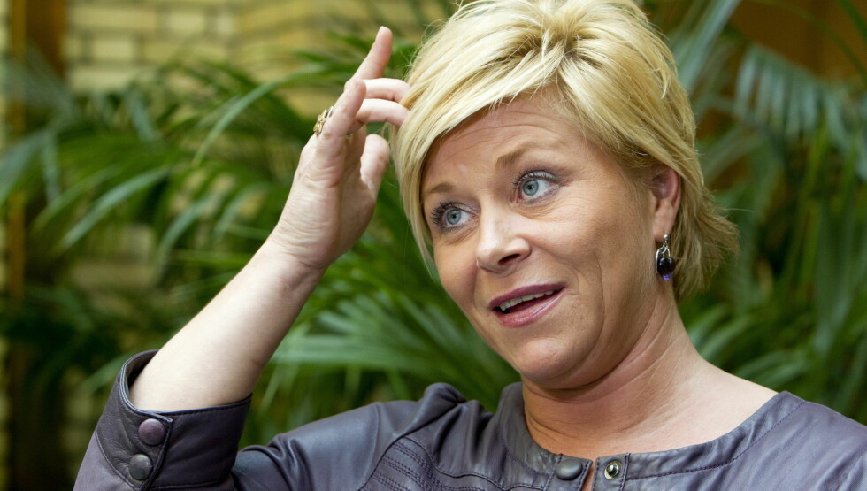 BA FORELDRENE SKILLE SEG: Siv Jensen sier hun selv ikke husker at hun ba sine foreldre skille seg, men hennes mor bekrefter til Dagbladet at det skjedde. Foto: SCANPIX