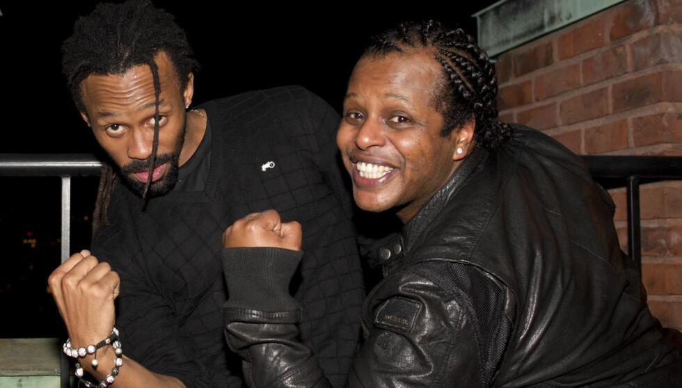 <strong>FESTET PÅ SLOTTET:</strong> Tshawe Baqwa og Yosef Wolde-Mariam i Madcon syntes det var surrealistisk å opptre på slottet i Martha Louises 40-årsdag.  Foto: Stella Pictures