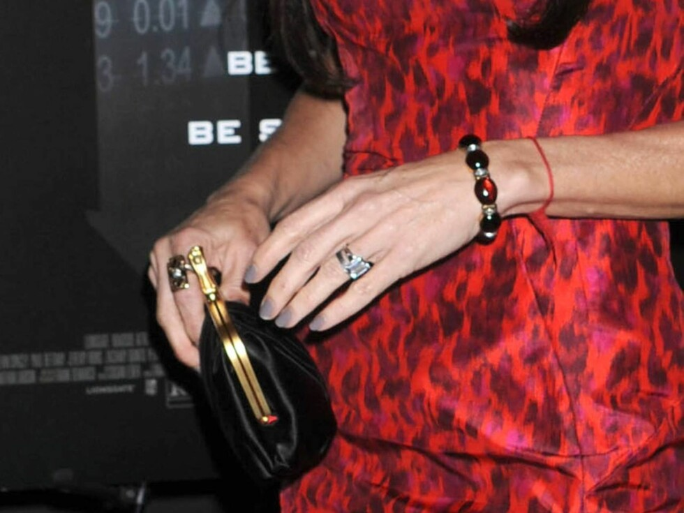 <strong>GIFTERINGEN:</strong> Demi går fremdeles med gifteringen hun fikk av Ashton da de giftet seg i 2005. Foto: All Over Press
