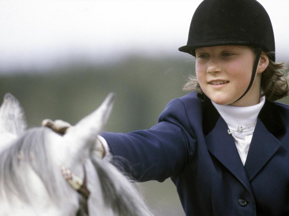 HESTEJENTE: Prinsesse Märtha var særlig i ungdomsårene lidenskaplig opptatt av hester. Her er hun på ridekurs på Nordhaug ridesenter i 1984.   Foto: Scanpix