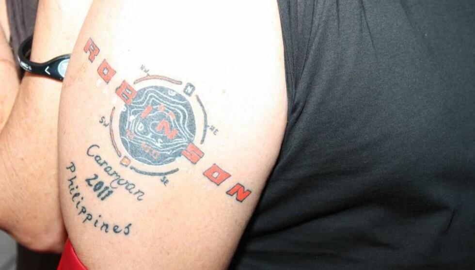 <strong>VERDIG MINNE:</strong> Deltageren som nå er klippet vekk forklarte at tatoveringen var et godt minne fra oppholdet på Robinson-øya. Foto: Seher.no
