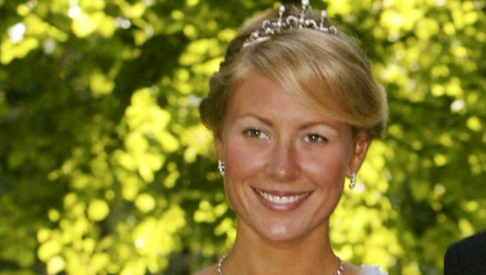 UTSTILLER: I en pop-up-utstilling på 24 timer skal Camilla Hagen stille ut pappas homsekunst. Foto: Se og Hør