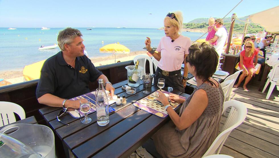 <strong>BLODIG ALVOR:</strong> Edna Falao viste fram sin restaurant L'Esquinade flere ganger i TV3-serien «Norges Rike». Mandag i forrige uke ble imidlertid idyllen brutt, da hennes sønn Manuel ble skutt i armen utenfor restauranten. Foto: TV3