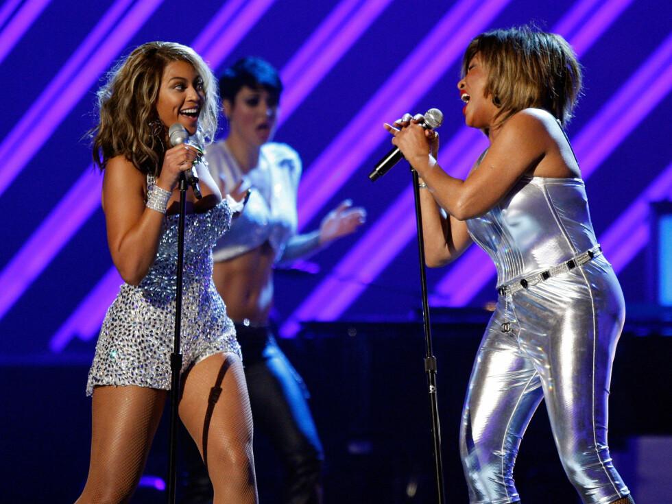 <strong>2008:</strong> Beyoncé opptrer sammen med Tina Turner under Grammy-utdelingen.  Foto: All Over Press