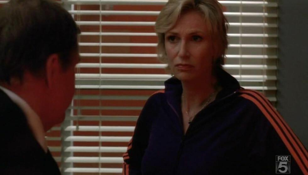 LANGT NEDE: Jane Lynch avslører at hun tidligere var deprimert og avhengig av narkotiske stoffer. Her fra TV-serien «Glee». Foto: All Over Press