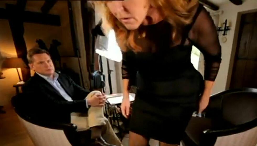 <strong>STORMET UT:</strong> Sarah Ferguson reagerte med sinne på spørsmålene til «60 Minutes» programleder Michael Usher og avbrøt intervjuet. Foto: Channel 9