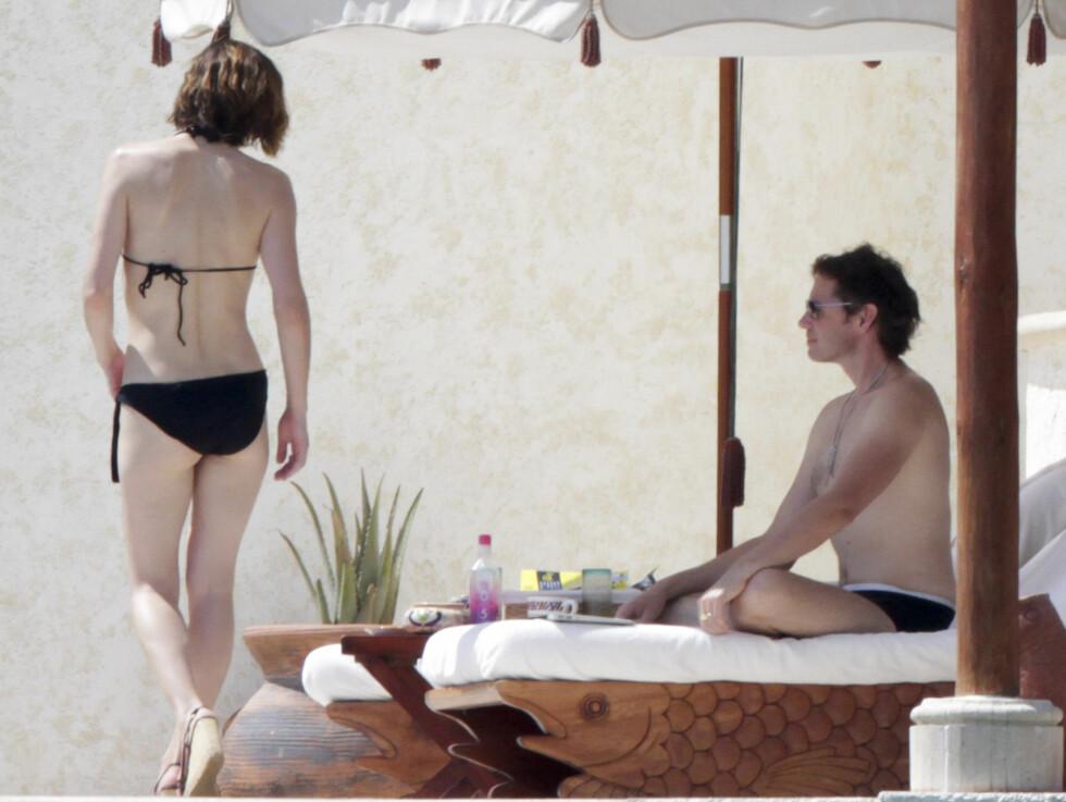 <strong>VISTE BIKINIEN:</strong> Fotografene fikk med seg at modellen hadde på seg en sort bikini. Foto: Stella Pictures