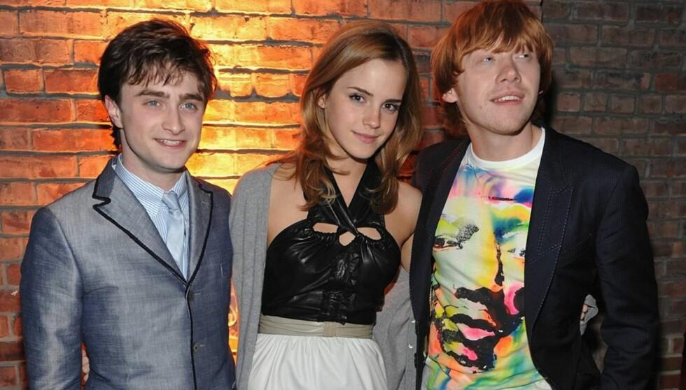 FILMSUKSESS: Radcliffe gjorde stor suksess i rollen som Harry Potter. Her er han med motspillerne Emma Watson og Rupert Grint. Foto: All Over Press