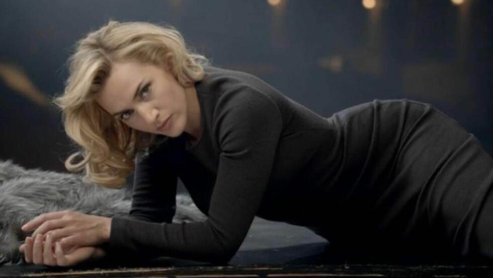 <strong>SEXY:</strong> Skuespiller Kate Winslet viser seg fra en svært feminin og sensuell side i denne nye reklamekampanjen for klesmerket St. John. Hun understreker imidertid at kroppen hennes er «virkelig», ikke en «modellkropp».  Foto: Stella  Pictures