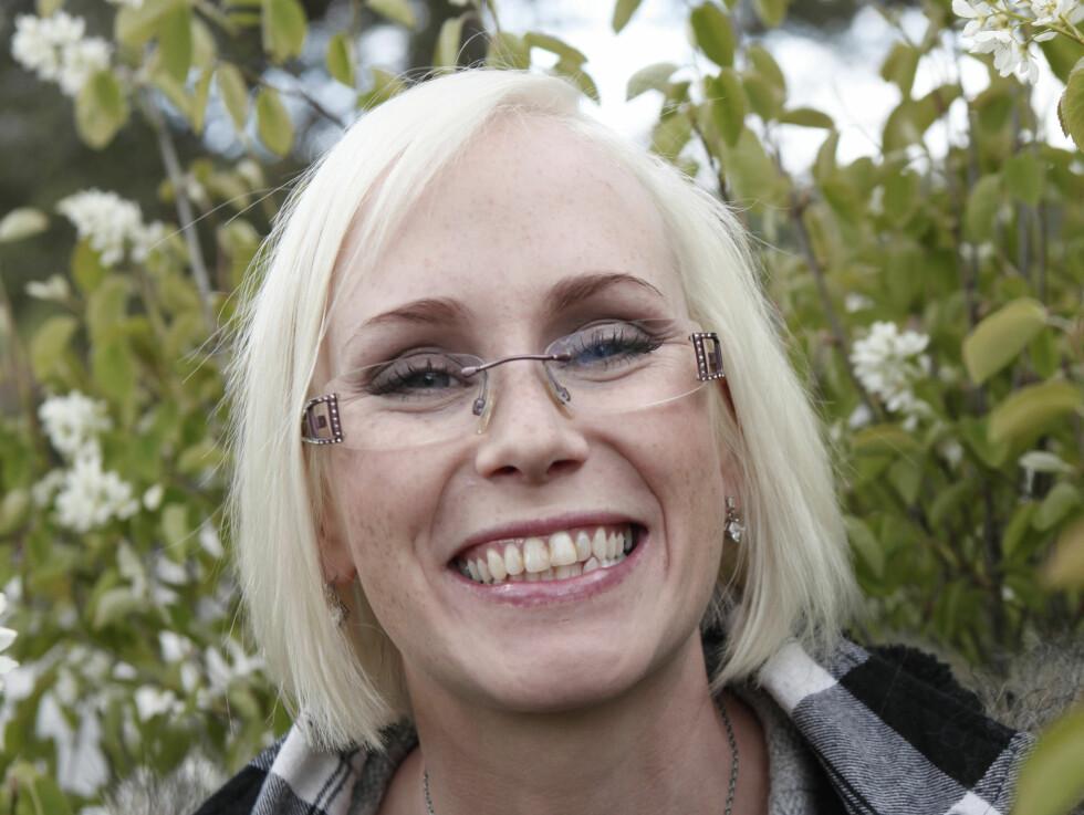 JAKTER PÅ KJÆRLIGHETEN: Bente Fremo (26) fra Buvika ved Trondheim. Foto: TV 2