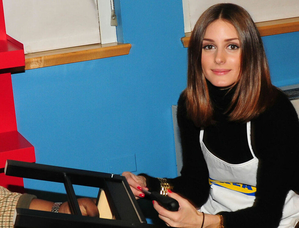 Exclusive-New York, NY 12/09/10- Olivia Palermo, Trey Songz, Sean Kingston and Fabolous assemble IKEA furniture with New Yorkers For Children at the ACS Childrens Center in New York City. Furniture was donated by IKEA to make the transition into foster ca Foto: All Over Press