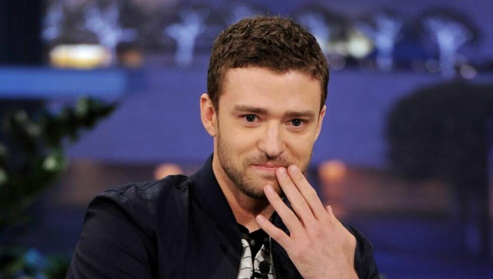 PINLIG BERØRT: Justin Timberlake sier til UsMagazine.com at han aldri vil glemme øyeblikket da moren hans tok ham på fersken i senga med en jente. Foto: All Over Press