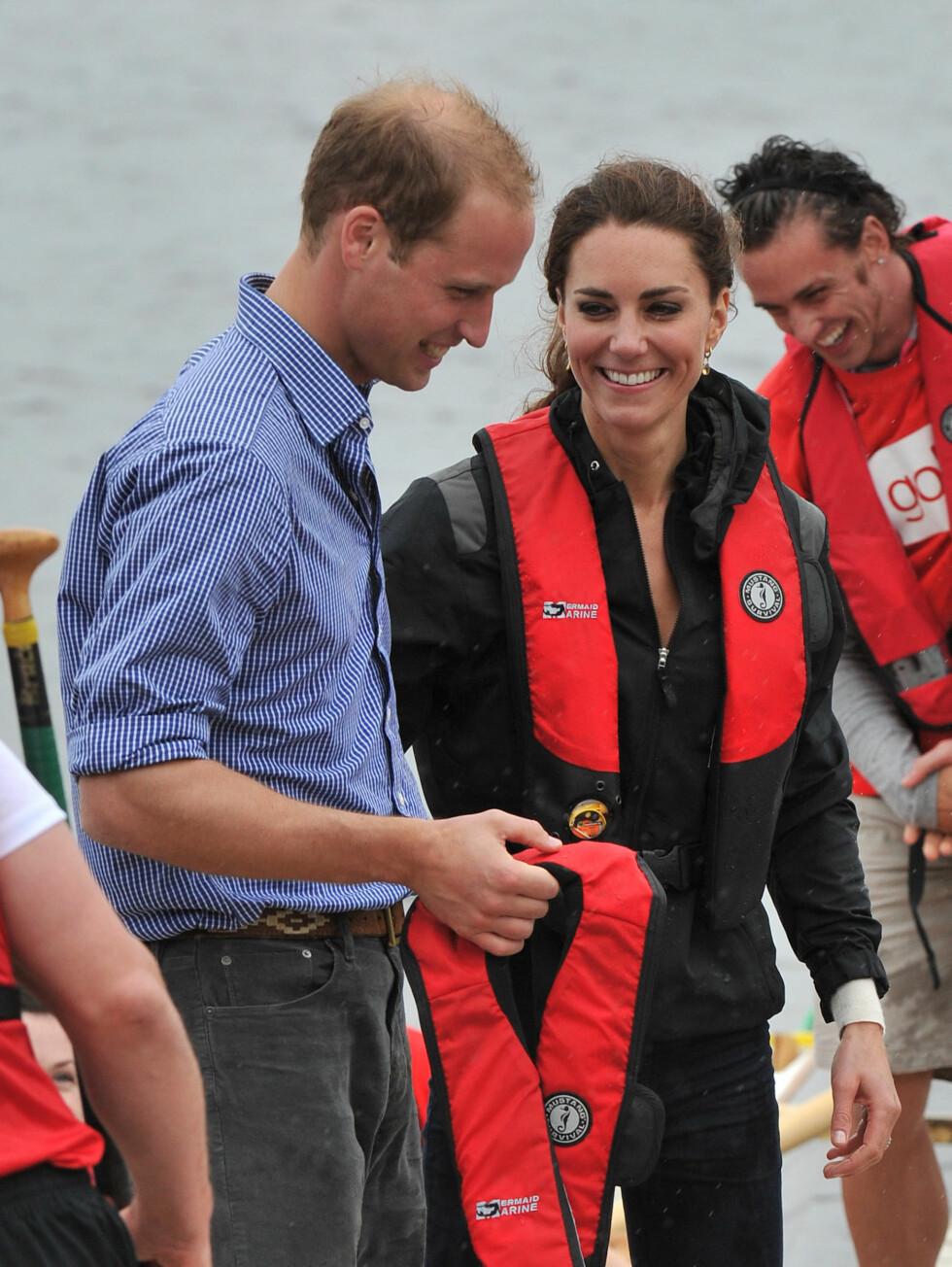 LO OG KOSTE SEG: Prinsesse Kate og prins William så ut til å storkose seg.  Foto: All Over Press