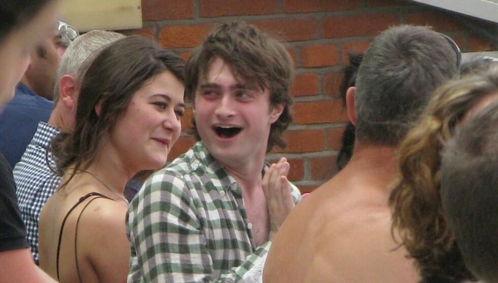KUTTET UT DRIKKINGEN: Daniel Radcliffe hevder han selv har valgt å holde seg unna alkohol siden august 2010, etter at han innså at han var blitt avhengig. Foto: All Over Press