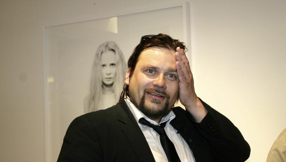 <strong>TOTALT KAOS:</strong>Per Heimly mener at privatlivet hans er så kaotisk at ingen damer orker å være sammen med han. Foto: Kirsti Ertsås/ Seher.no
