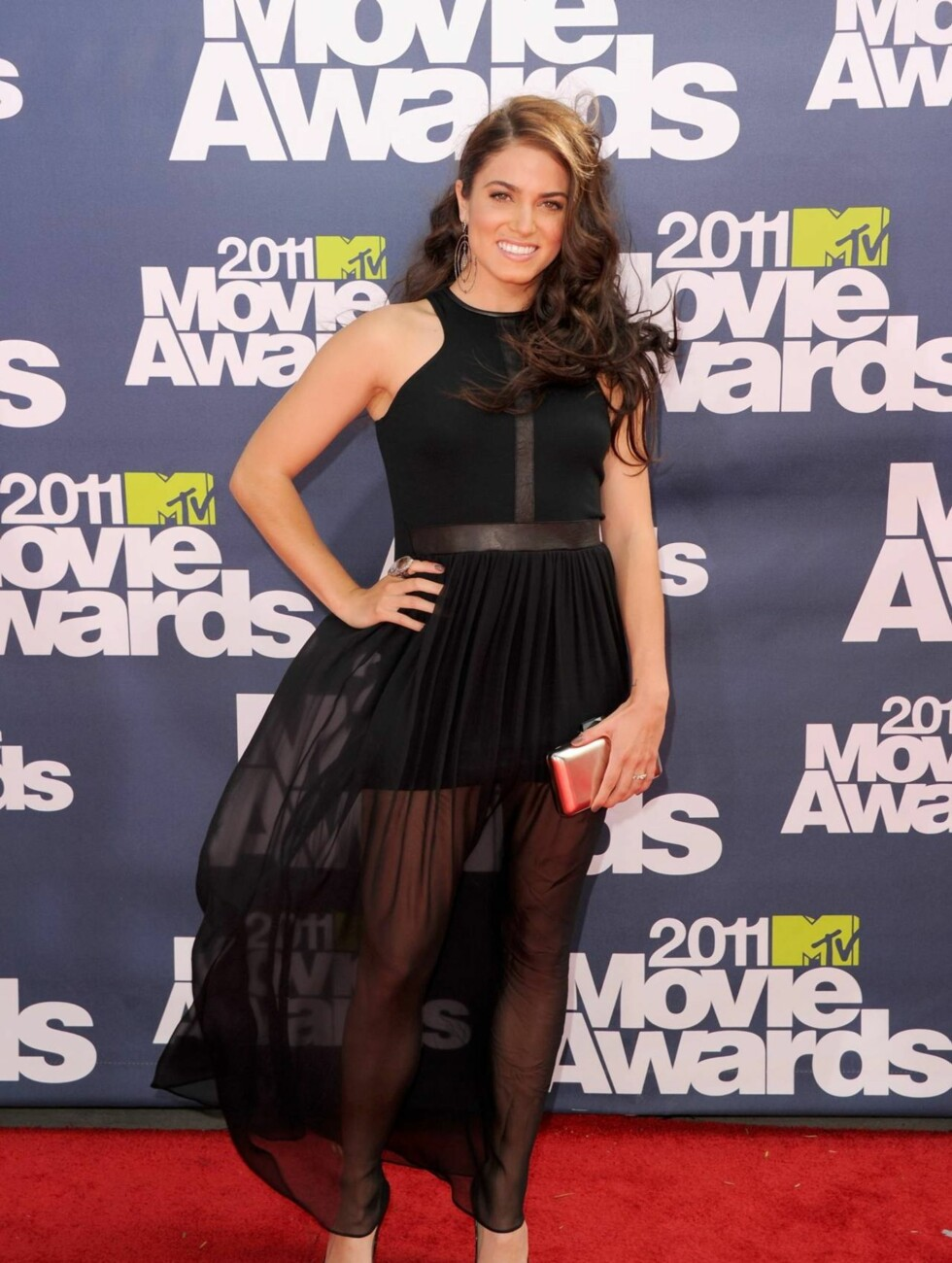 <strong>STRÅLTE:</strong> «Twilight»-stjernen Nikki Reed ankom den røde løperen i kjole fra  Heather, sko fra Jimmy Choo shoes og smykker fra Loree Rodkin. Foto: All Over Press