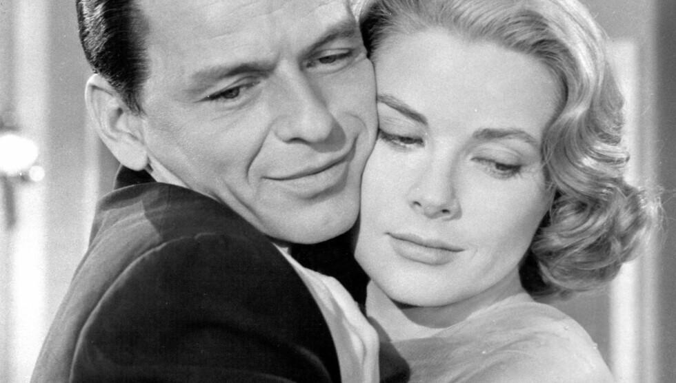 <strong>KVINNEBEDÅRER:</strong> Skuespilleren og artisten Frank Sinatra var populær blant damene, og skal blant annet ha hatt en forhold til Marilyn Monroe. Her er han sammen med skuespillerinnen Grace Kelly.  Foto: Stella Pictures