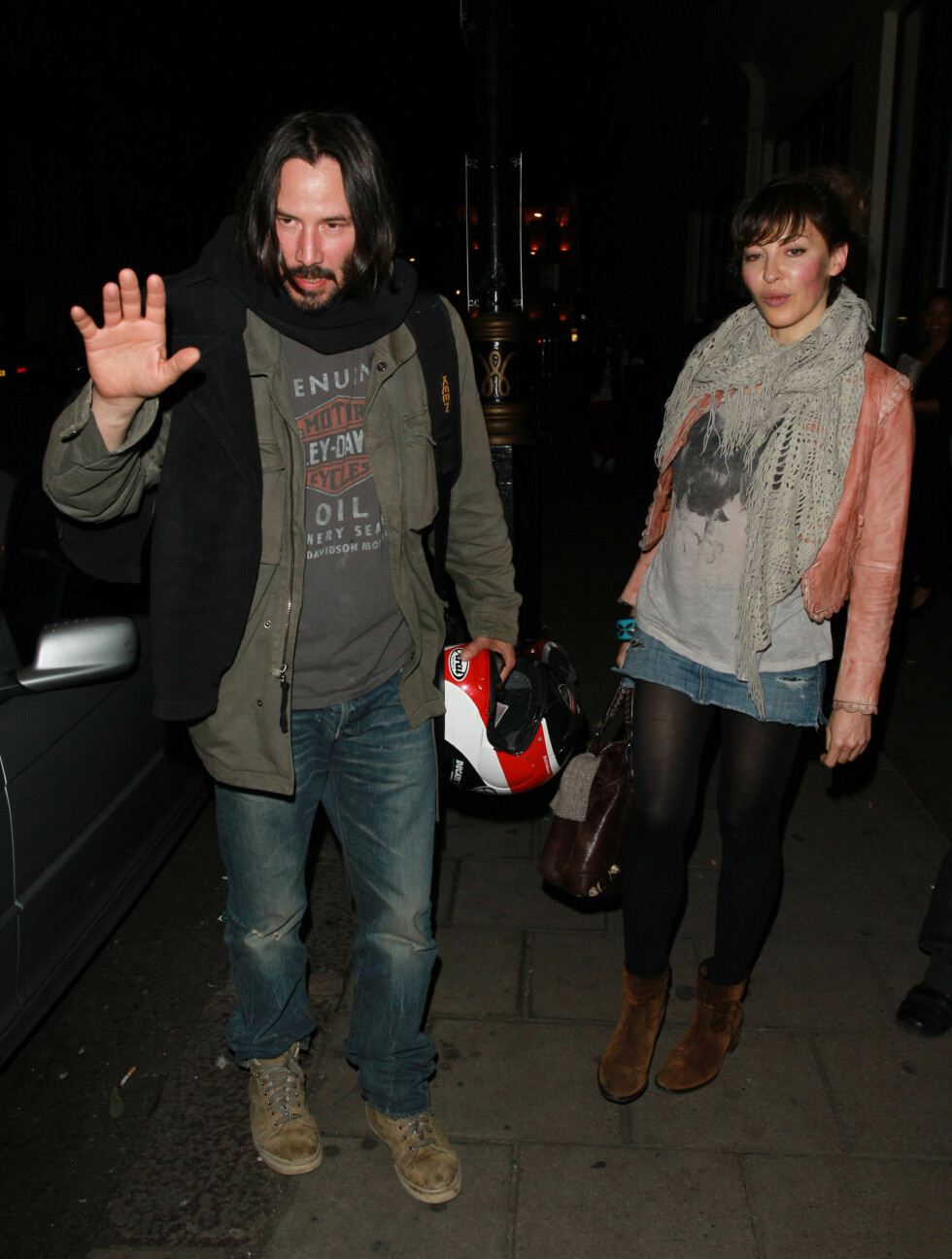 <strong>I LONDON:</strong> Keanu Reeves etter restaurant-besøk i London. Foto: All Over Press