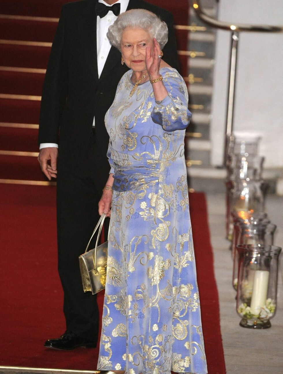 PÅ FEST: Dronning Elizabeth er vertskap for de kongelige gjestene i London. Foto: Stella Pictures