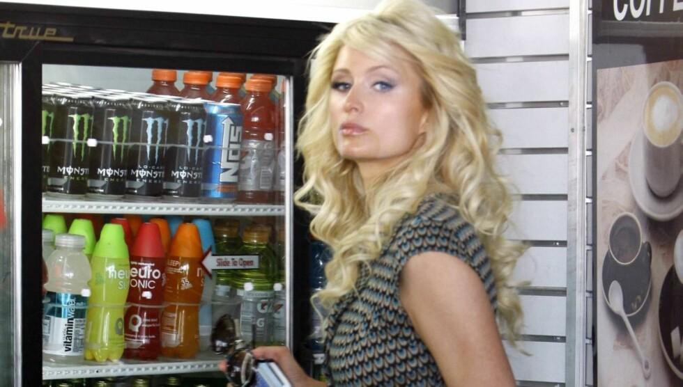 <strong>VIL BLI SOLOPIKE:</strong> Paris Hilton skryter av Solo på sin Twitter-side, men det er foreløpig ikke kjent om hun selv har søkt om å få ansiktet sitt på den planlagte Solo-reklamen i USA. Foto: All Over Press