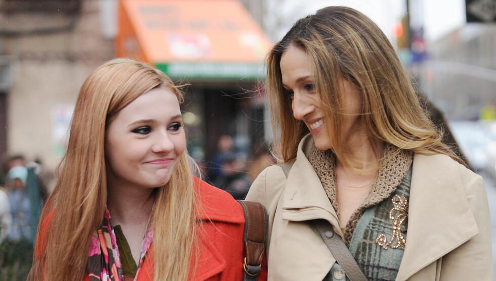 SPILLER DATTEREN: Abigail Breslin spiller datteren til Sarah Jessica Parker i filmen «New Year's Eve». Foto: Stella Pictures