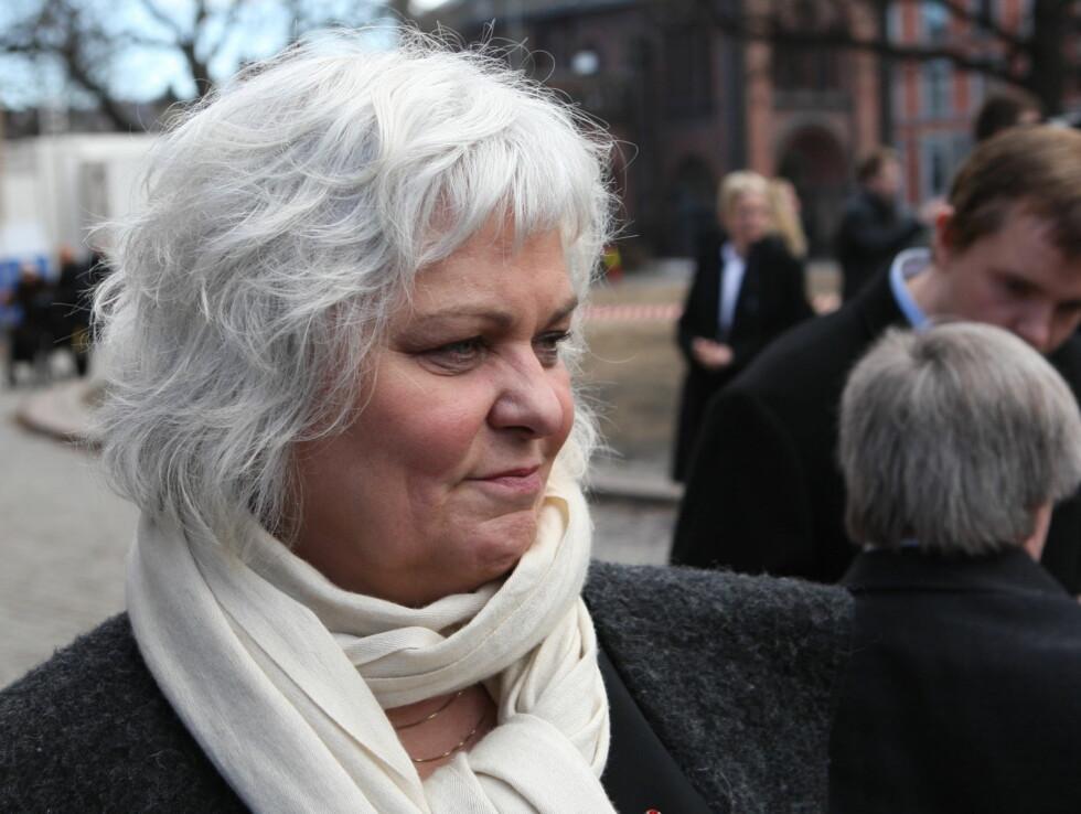 <strong>SNAKKET I KIRKEN:</strong> Ellen Horn snakket på vegne av teatermiljøet i kirken. Foto: Per Ervland/Seher.no