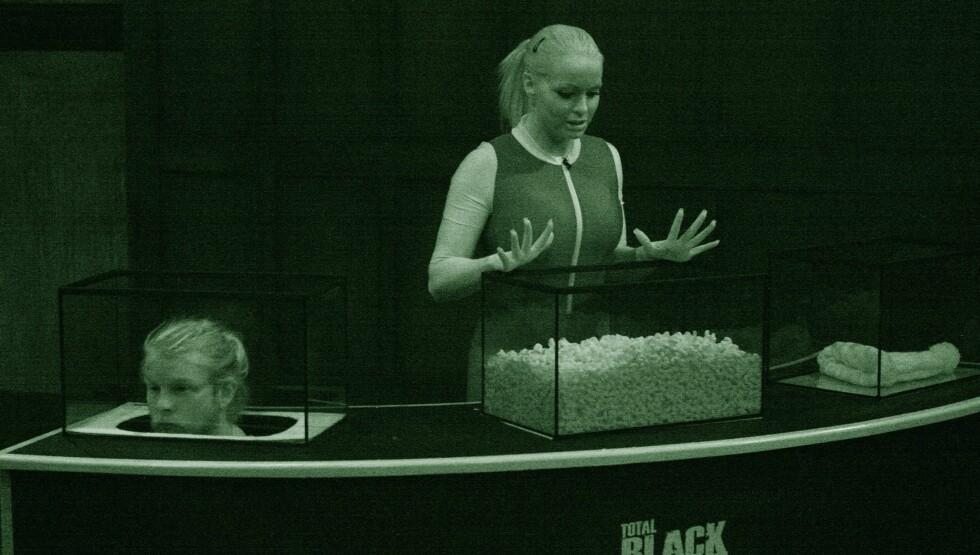 <strong>SPRENGTE MIKROFONEN:</strong> Cathrine Aschims skrik ble for mye for det tekniske utstyret til TVNorge. Her er hun i aksjon i onsdagens «Total Blackout». Foto: TVNorge