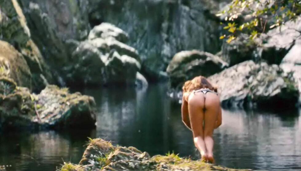 <strong>IKKE NATALIE PORTMAN:</strong> Her kaster stedfortrederen seg i vannet. Foto: Stella Pictures